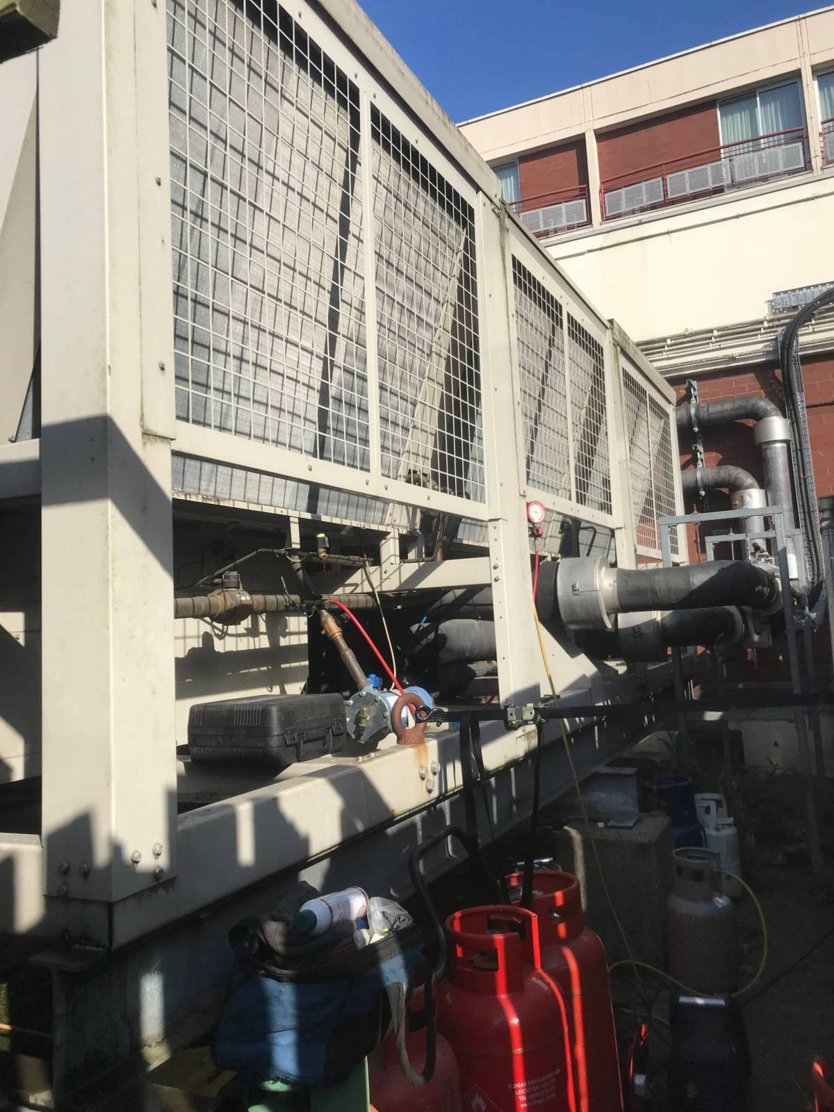 Chilled-water-systems-Breakdown-london-Chilled-water-systems-design-london