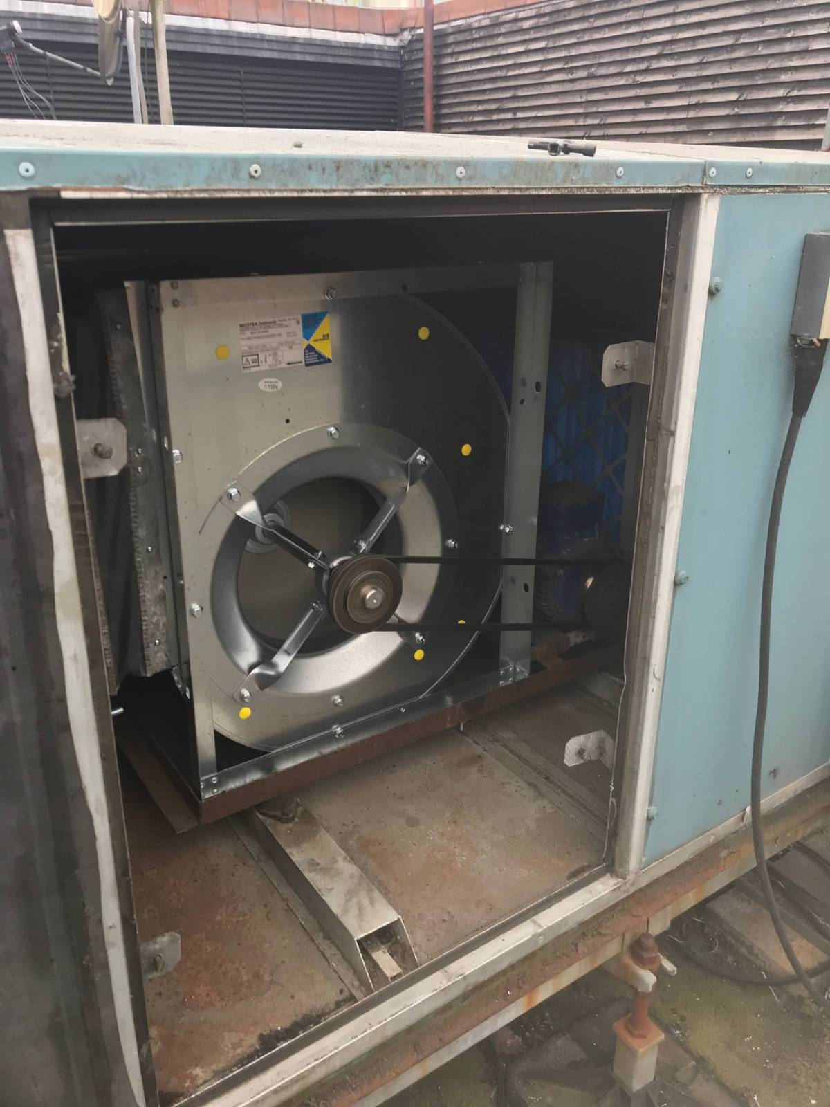 air-conditioner-repair-london-air-conditioning-maintenance-london