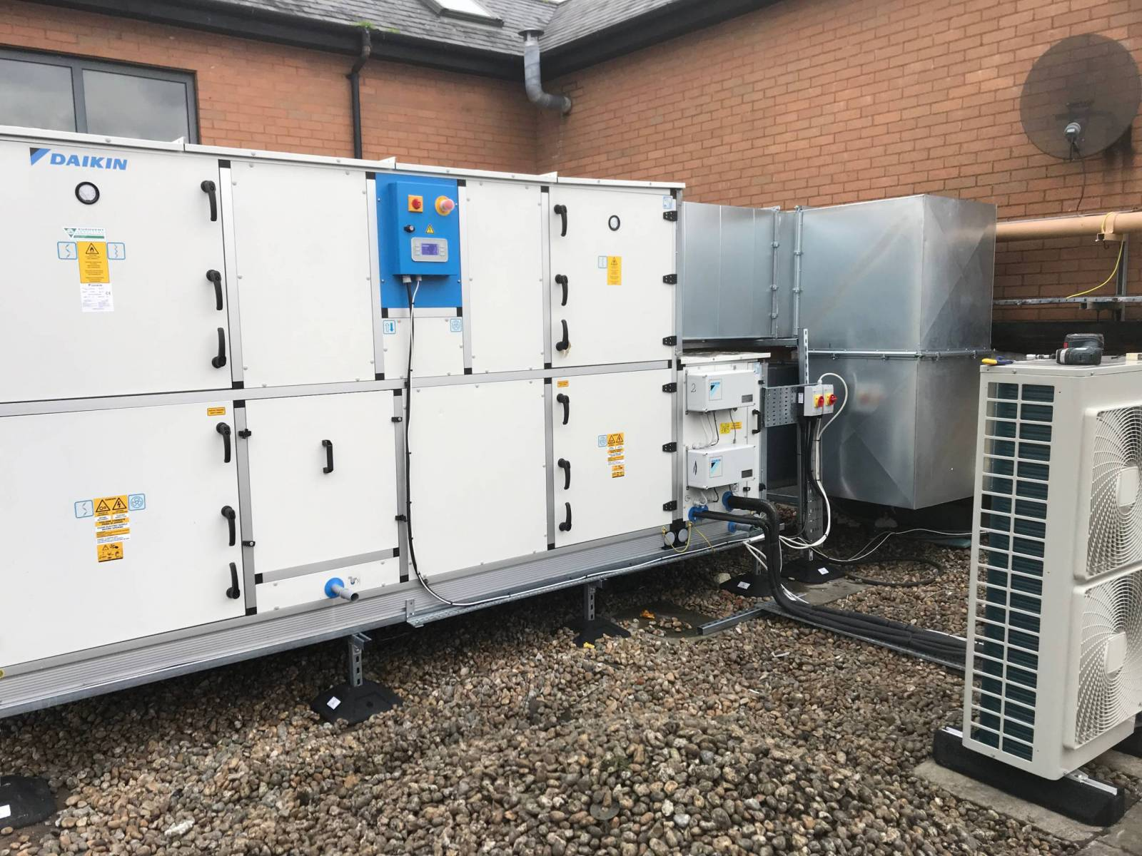 air-conditioning-service-london-commercial-air-conditioning-london